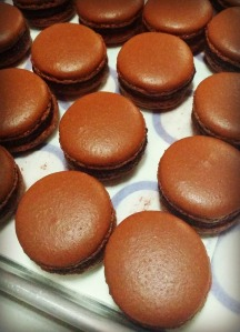 gorgeous dark chocolate macarons